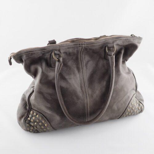 Italienische Leder-Handtasche mit Nieten